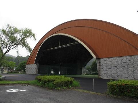 田舎のドーム
